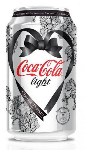 canette-coca-cola-light-chantal-thomass