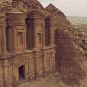 L-antique-cité-caravanière-de-Petra-en-Jordanie