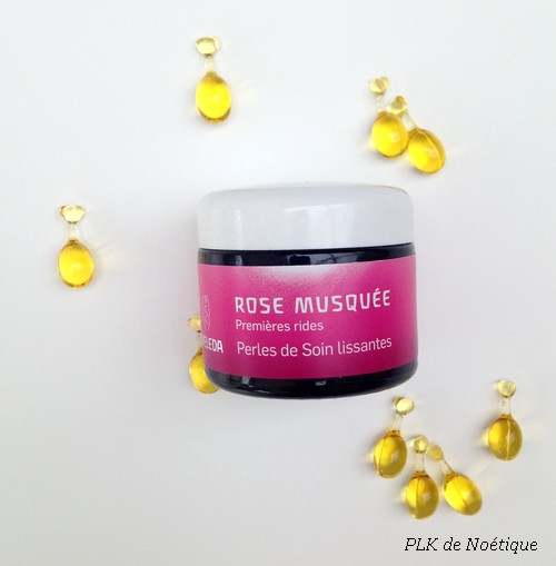 rose-musquée-perles-lissantes-complexe-weleda