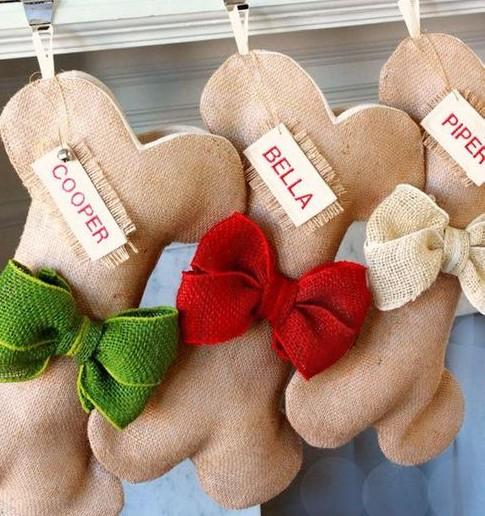 chaussettes-de-Noël-pour-chien