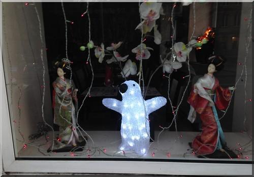 vitrine-Noël-Strasbourg-restaurant-chinois