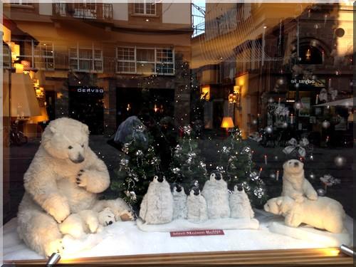 vitrine-Noël-strasbourg-h^tel-maison-rouge