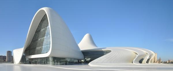 Centre-culturel-Heydar-Aliyev-zaha-hadid