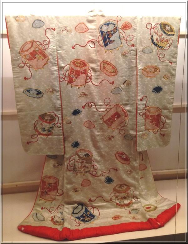 kimono-uchikake-mariage-guimet