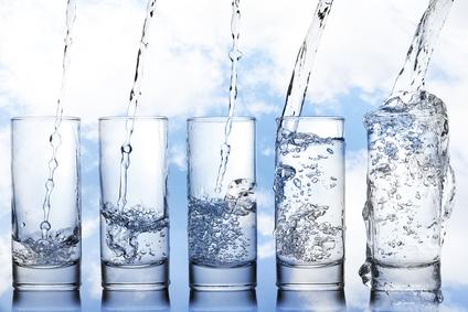 s-hydrater-en-avion-eau