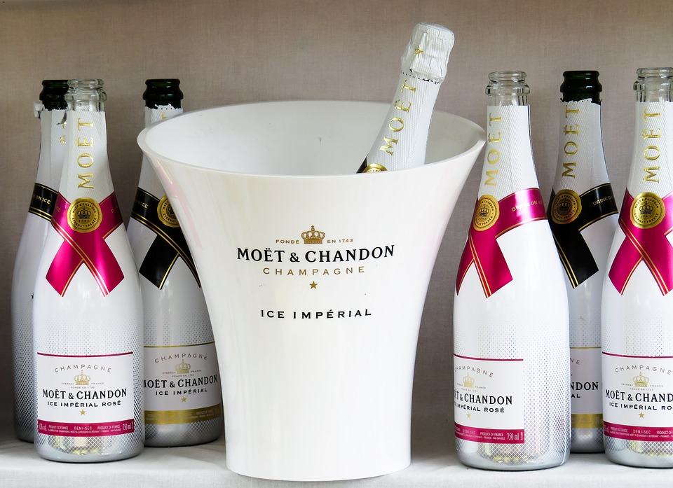champagne-ice-moet