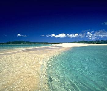 okinawa-centenaire-lifestyle-plage