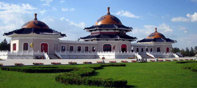mausolée-Gengis-Khan-Mongolie