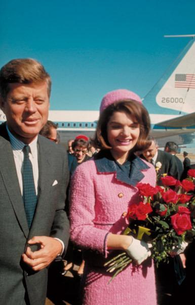 Le tailleur Chanel de Jackie Kennedy, une icône