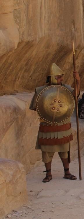 pétra-soldat-romain-entrée-du-siq