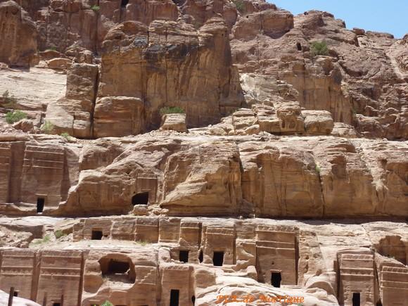 Pétra-jordanie-rue-des-façades-les tombeaux-des-rois
