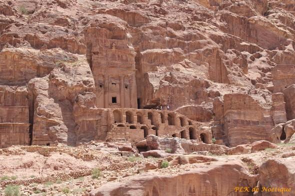 Pétra-jordanie-tombeaux-des-rois
