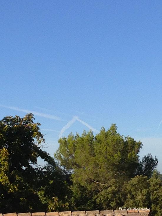 lubéron traces dans le ciel