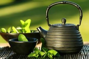 thé-vert-théière-fonte
