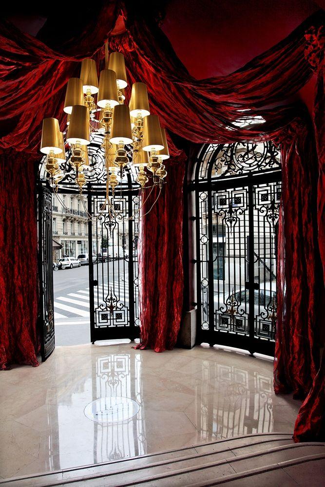 entrée-hôtel-banke-paris
