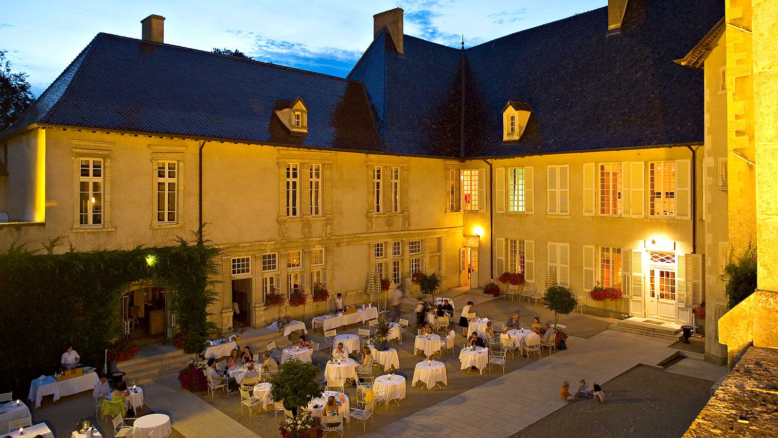 château-de-Pizay-restaurant
