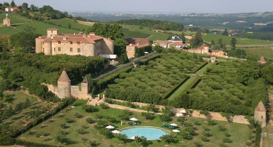 château-de-Bagnols-vue-d-ensemble