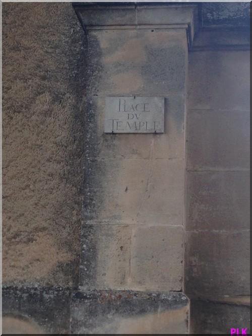 Lacoste-village-rue-du-temple
