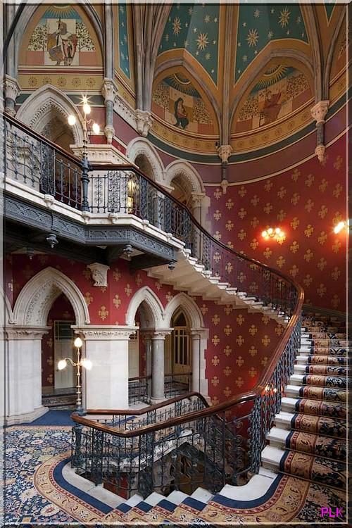 Londres-hotel-st-pancras-renaissance-escalier-majestueux