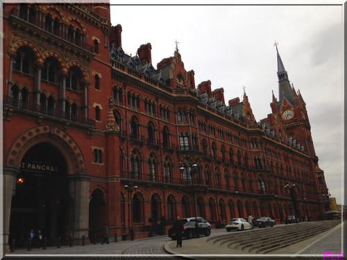 London-st-pancras-renaissance-vue-exterieure