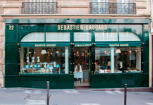 sebastien-gaudard-patisserie-des-martyrs-vitrine-