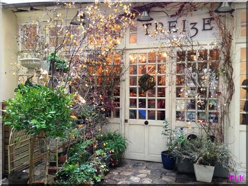 13-dozen-rue-des-saints-pères-Paris-vue-de-la-cour-intérieure