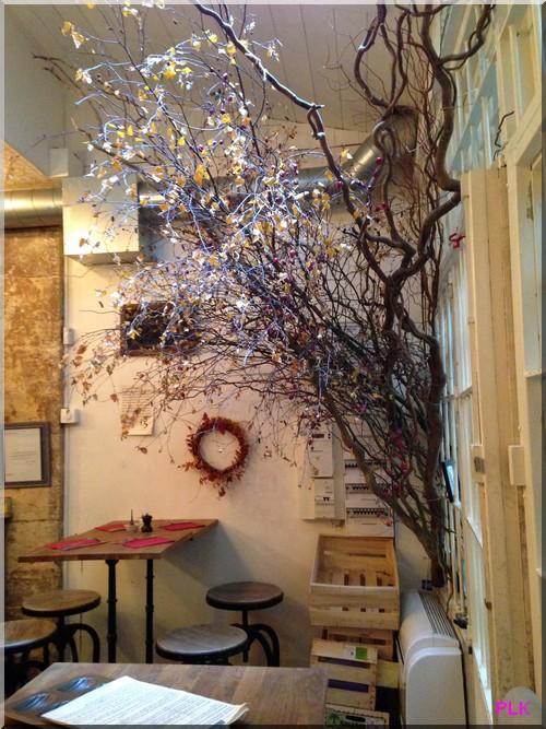 13-restaurant-rue-des-saint-Pères-Paris
