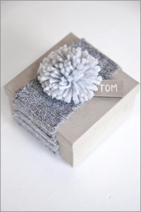paquet-cadeau-laine-pompon