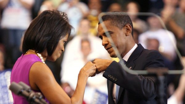 fist-bump-barack-obama