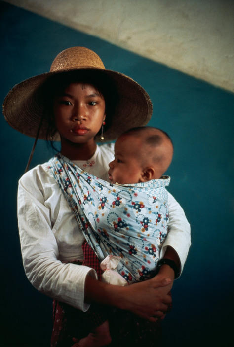 China-Mother-and-Child-eve-arnold