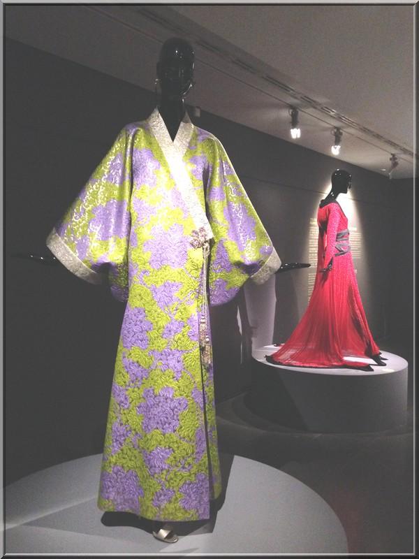kimono-ysl-musée-guimet