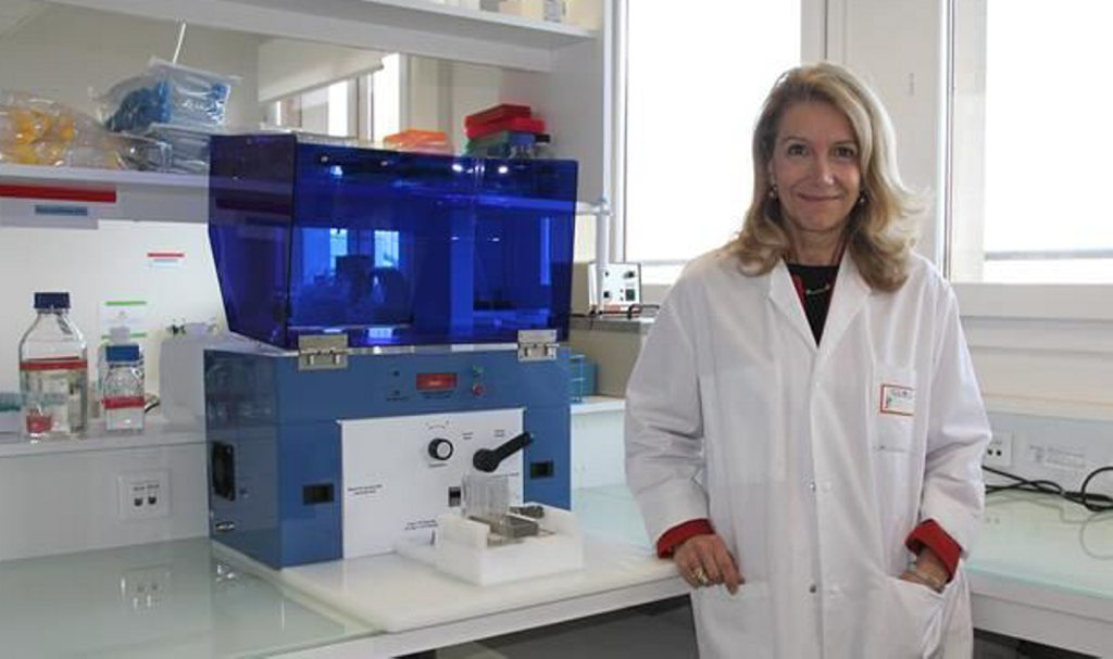 patrizia-paterlini-brechot-dans-son-laboratoirel