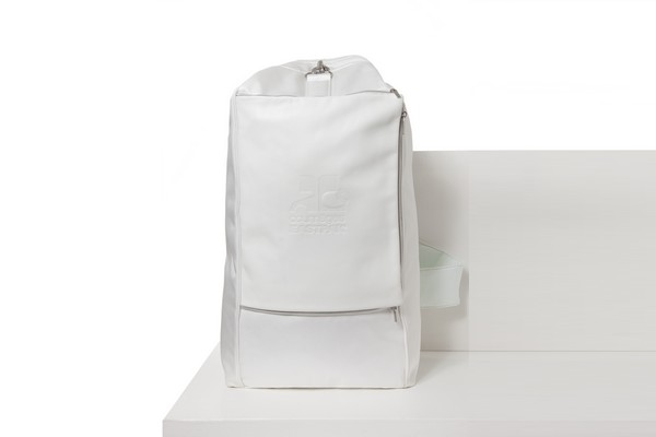 yoga-eastpak-courrèges